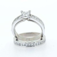 Princess cut 1ct Diamond